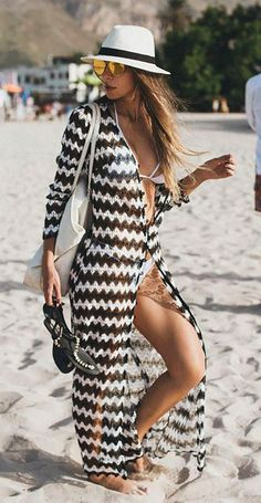36 Chic Summer Outfits To Copy Asap Chic Summer Outfits, Beach Outfits, Summer Cardigan, Long Cardigan, Mode Boho, Bikini Cover Up, Inspiration Mode, Swimsuits, Swimwear