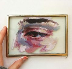 What a great idea for a canvas! I love paintings on unusual surfaces. This eye is absolutely gorgeous!