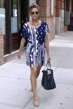Eva Mendes... - Celebrity Street Style