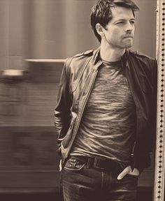 Misha Collins......this is the most beautiful picture I have seen of him