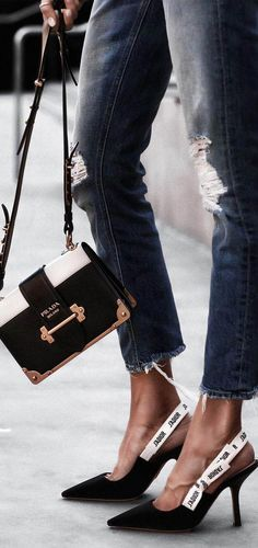 62436d712f16 The Best Mini Bags to Add to Your Closet
