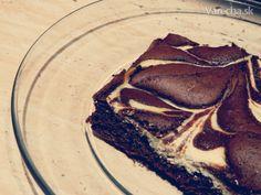Výborný a jednoduchý tvarohovo-čokoládový koláč, ktorému neodoláte :)