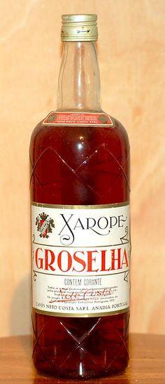 """Xarope de Groselha   -   Saudade do vô Alvaro...                Ele sempre fazia quando vocês eram pequenas. Vocês chamavam de """" água vermelha """""""