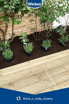 Small Space Gardening, Small Gardens, Outdoor Gardens, Large Garden Planters, Vertical Garden Diy, Rock Garden Design, Modern Garden Design, Small Patio Design, Swimming Pool Landscaping