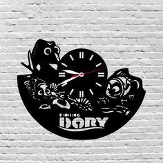 29$ wooden wall clock #Findingdory, #Dory, #Giftsforkids, #Boysbirthdaygift, #Girlsbirthdaygift, #Nurserygiftidea, #Disneygifts, #Disneynursery, #Disneycharacters  by lovelygift4you on Etsy