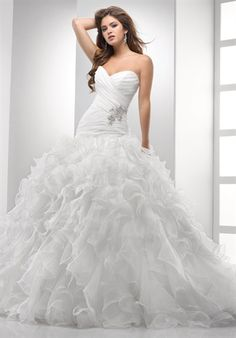 Strapless ball gown for my dream Cinderella wedding
