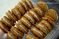 Oatmeal Cream Pies Cookie Recipes, Dessert Recipes, Oatmeal Cream Pies, Thanksgiving Recipes, Easy Desserts, Sausage, Sweet Treats, Favorite Recipes, Sweets