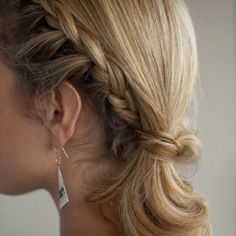 Braided side ponytail (via Hair Romance) + random things I love today.