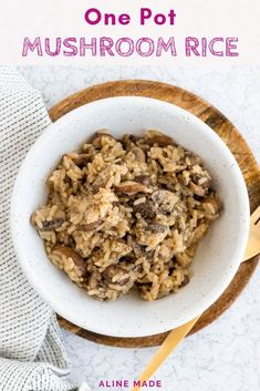 Vegetarian Rice Recipes, One Pot Vegetarian, Easy Rice Recipes, Vegan Recipes Videos, Fall Recipes, Cooking Recipes, One Pot Rice Meals, Easy One Pot Meals, Mushroom Rice
