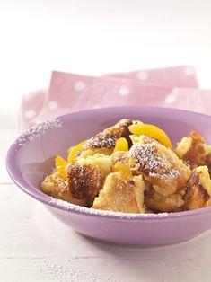 Couscous-Schmarrn mit Aprikosen   Eier, Quark und Weizen ergänzen sich in ihren Aminosäuren zu einem hochwertigen Eiweiß, das leicht verdaulich ist – prima im Sommer.