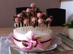 Cakepop,sister,birthday,lastyear,brown,pink,surprise.