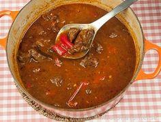 Gulasch - Ungersk köttgryta med paprika.
