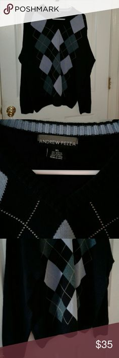 Mens Andrew Fezza XL Crew neck sweater Beautiful Andrew Fezza blues sweater,worn once. Gorgeous blues Crew neck-- pull over You'll love it. Andrew Fezza Sweaters Crewneck