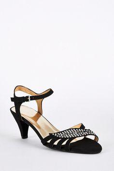 05002d146ce Large Size Faux Suede Leaf Design Sandals