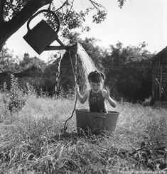 my favourite pic by Robert Doisneau <3