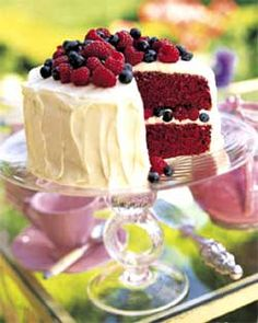 4th of July Recipes by Recipe Cottage. Could do angel food with red food dye- put berries in middle.