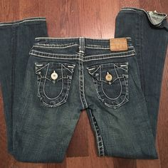 True Religion Jean 28 inch inseam True Religion Jeans Flare & Wide Leg