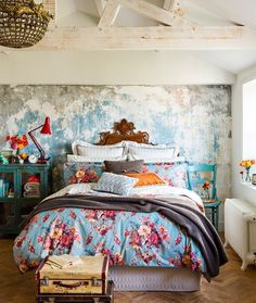 Look at Wall Treatment -- Win: A Luxury Bed and Bath Linen Makeover from Christy Bath Linens, Bedroom Vintage, House And Home Magazine, Beautiful Bedrooms, Beautiful Homes, Home Improvement Projects, Interiores Design, Linen Bedding, Blue Bedding
