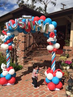 1st Birthday Balloons!  #drseussparty #partyballoons