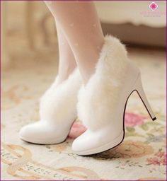 Зимова весільне взуття - особливості вибору Wedding Heels 49197c56605c8