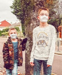 2me confinement Le masque à partir de 6 ans Children Photography, Carnival, Face, Kids, Creative Photography, 6 Year Old, Child, Young Children, Boys