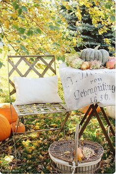 Ready for an autumn party!  A Rosy Note