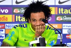 Marcelo Vieira #M12 Real Madrid, Marcelo Real, Just A Game, Gareth Bale, Team Player, Cristiano Ronaldo, Fifa, Pretty People, Curly Hair Styles