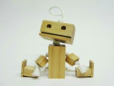 Amazing wooden robot guide!