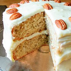 Banana Pecan Cake. Just what I'm looking for, made with cake mix and easy. pk