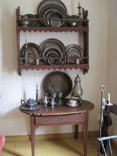 PEWTER – impressive collection of authentic and antique pewter objects. Primitive Homes, Plate Racks, Repurposed Items, Antique Pewter, Interior Decorating, Colonial Decorating, Vintage Walls, Country Decor, Barn Wood