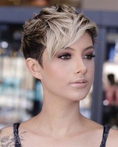 Here, 60 Latest Short haircuts and Hair Color Ideas. Whether youre thinking of getting a sleek and sexy bob, a smart and chic pixie, Whether you choose to straighten, curl or even a natural choice that theres a perfect short hairstyles waiting for you. #HairColor #HairStyles