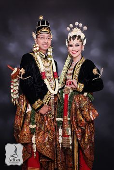 Riendy & Torry I Javanese Wedding I #weddingphotography