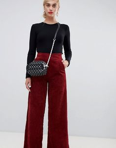 Browse online for the newest Stradivarius Wide leg corduroy pants styles. Shop easier with ASOS' multiple payments and return options (Ts&Cs apply). Wide Pants Outfit, Trouser Outfits, Wide Leg Pants, Cool Outfits, Fashion Outfits, Fashion Styles, Casual Outfits, Women's Fashion, Cordoroy Pants