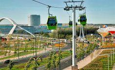 Este teleférico se construyó con motivo de la Expo de Zaragoza de 2008. Estaba preparado para llevar 2600 pasajeros cada hora. Sin embargo, solo llevaba 50 ó 60 pasajeros diariamente.  Se cerró al público en febrero de 2011 por causar unas deudas de 1,8 millones de euros al año. Actualmente sigue instalado ya que no hay presupuesto para desmontarlo. ZARAGOZA