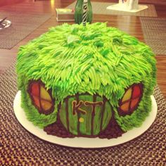 Hobbit cake. Nuff said. @Hannah Mestel Mestel Spraggins Would it be too boring to do again?