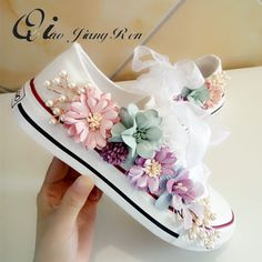 Cheap Women& Vulcanize Shoes, Buy Directly from China New Cozy Fantasy Seven-color Flower Pearl Austria Rhinestone Yarn Lace Thick sole Single shoes Canvas shoes QIAOJINGREN Zapatos Bling Bling, Bling Shoes, Women's Shoes, Fall Shoes, Kid Shoes, Platform Shoes, Diy Fashion, Ideias Fashion, Fashion Shoes