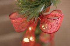 DIY: Miniature Christmas Bow Tree - Ribbon craft inspiration!