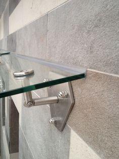 Glass canopy Стеклянное накрытие приямков