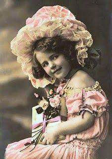 'Beauty!' Free vintage photos  #vintage #children