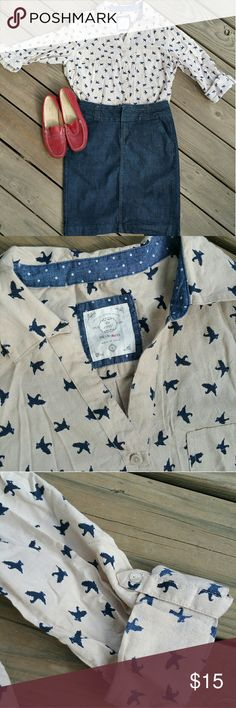 Sweet bird print button-down I love this shirt, but it is not a good color for me. It's pale beige with navy birds. Roll-tab sleeves, full button front. Style & Co Tops Button Down Shirts