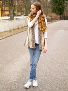 Jeans and fur // http://pinjakk.blogspot.fi/