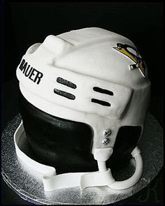 Pittsburg Penguins Helmet I just made this for a friend of mine - her son is celebrating his birthday today and is a HUGE Sidney Crosby fan. Hockey Birthday Cake, Hockey Birthday Parties, Hockey Party, 7th Birthday, Birthday Cakes, Birthday Ideas, Easy Birthday Desserts, Hockey Cakes, Cupcake Boutique