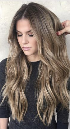 Dark Blonde Hair Color Ideas - Hair Colour Style Dark Blonde Hair Color Ideas, We all have our favorite blonde! Today we are going to examine dark blonde hair color ideas together our top favorite long blonde hair ideas to inspir. Dark Blonde Hair Color, Cool Hair Color, Balayage Hair Dark Blonde, Light Brunette Hair, Blonde Hair For Brunettes, Bronde Balayage, Long Blond Hair, Carmel Balayage, Balayage Color