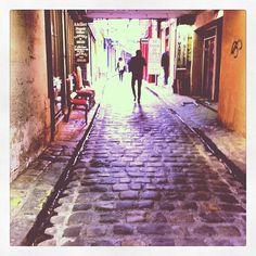 Les petits passages pavés de Paris ont leur charme...