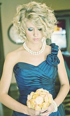 45 Short Wedding Hairstyle Ideas So Good You'd Want To Cut Hair - Short Hair Styles - Wedding Hairstyles Best Wedding Hairstyles, Bride Hairstyles, Bob Hairstyles, Hairstyle Ideas, Hairstyle Wedding, Wedding Hairstyles For Short Hair, 1940s Hairstyles, Hairstyle Short, Formal Hairstyles