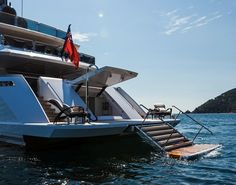 Your source for the @BEST OF YACHTING: The #Rossinavi 49 metre project Prince Shark Swim Platform