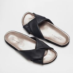 SANDALS WITH KNOT - Woman - Homewear & shoes | Zara Home Sweden