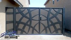 50 The Best Gate Design That You Have to Try in Your Home - decortip Home Gate Design, House Main Gates Design, Steel Gate Design, Front Gate Design, Door Design, Wall Design, Gate Designs Modern, Modern Gates, Metal Gate Designs