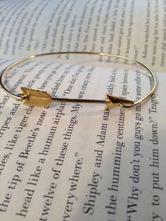Arrow Bangle Bracelet- Simply Gold Arrow- Bridesmaids Gifts- Minimalist Jewelry- Gold Casual Jewelry by LayeredWithLove on Etsy Cute Jewelry, Jewelry Box, Jewelery, Jewelry Accessories, Etsy Jewelry, Gold Jewelry, Arrow Jewelry, Jewelry Design, Jewelry Making