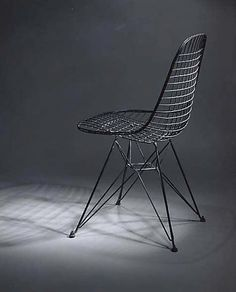The structural component of an Upholstered Eames Wire Chair in the collection of The Metropolitan Museum of Modern Art Industrial Dining Chairs, Metal Chairs, Cool Chairs, Charles Eames, Bauhaus, Heavy Duty Beach Chairs, Chair Design, Furniture Design, Wire Chair